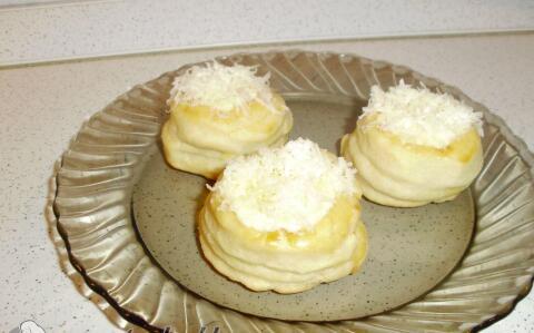 Töltött sajtos pogácsa