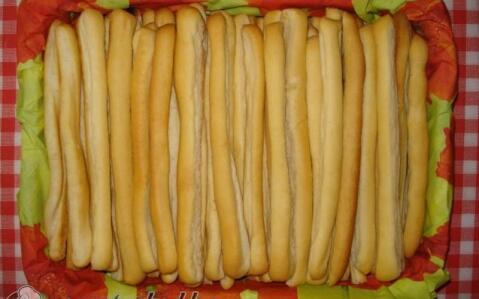 Fokhagymás kenyér rudacskák