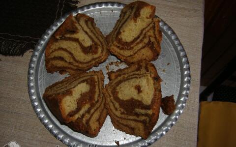 Kefires-zebra sütemény