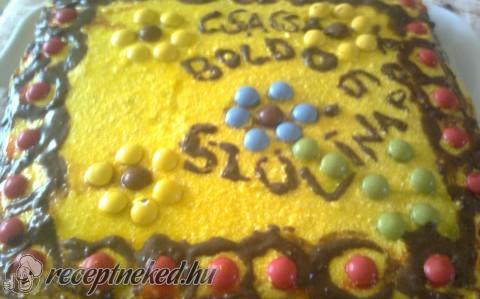 Háromszínű torta