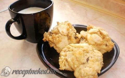 Almás-müzlis keksz