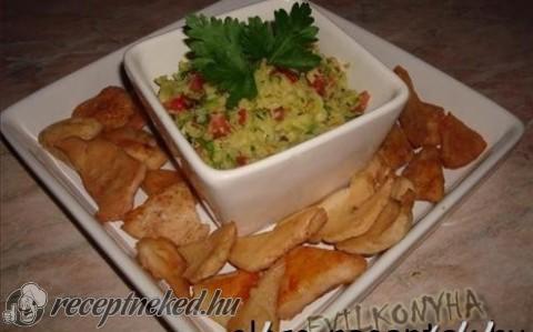 Guacamole csirke chips-el