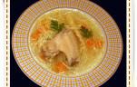 Csirkeszárnyas húsleves kép