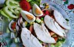 Csirkemell saláta maradék csirkéből