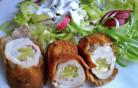 Töltött karaj joghurtos salátával