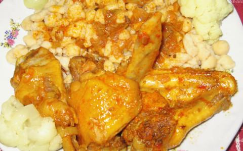 Csirkepörkölt csipetkével