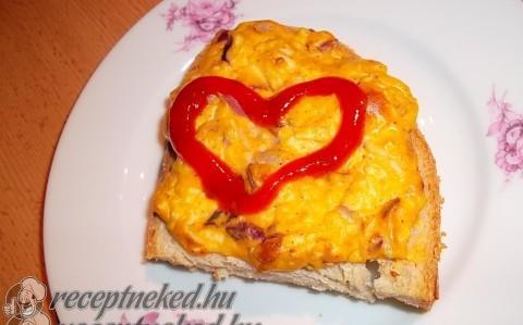 Tojásos szendvics sütőben