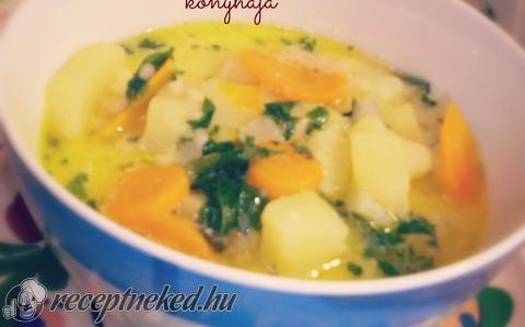 Tárkonyos újburgonya leves