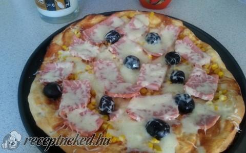 Olcsó tepsis pizza