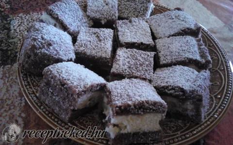 Túrós-kókuszos sütemény