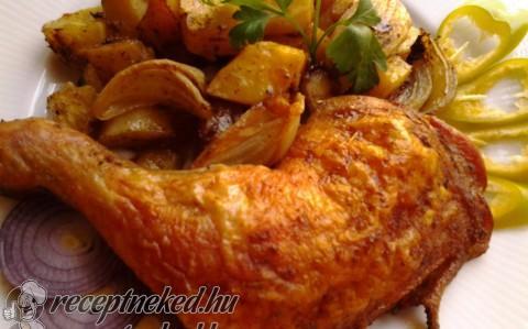 Ropogós csirkecomb hagymás krumpli ágyon