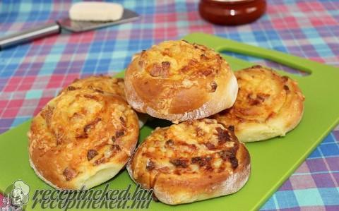 Sonkás-sajtos csiga