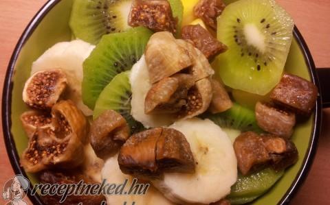 Füge saláta