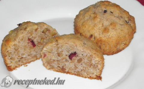 Aszalt áfonyás muffin