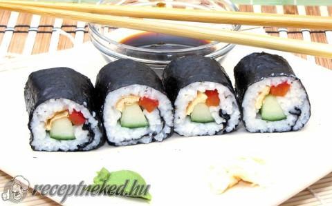 Makizushi (巻き) sushi, szusi