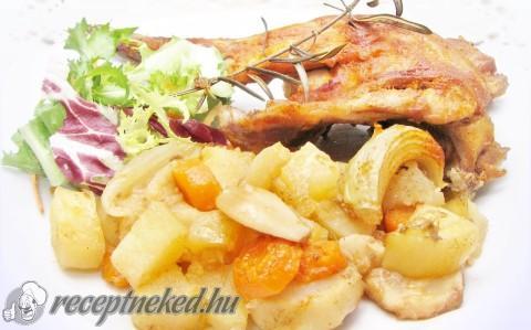 Rozmaringos nyúlcomb zöldséges krumpliágyon