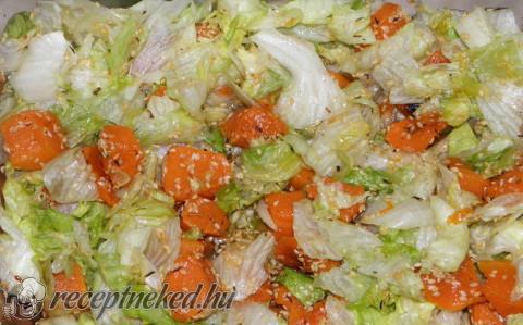 Sütőtök saláta