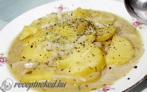 Krumplisaláta reszelt szarvasgombával