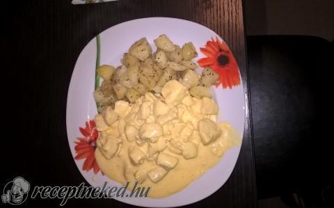 Gyömbéres-tejfölös hús oregánós, tepsis krumplival