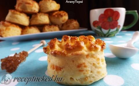 Füstölt sajtos-krumplis pogácsa