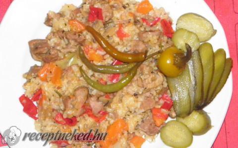 Zöldséges rizses hús pulykából