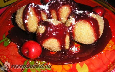 Cseresznyés/epres burgonyagombóc