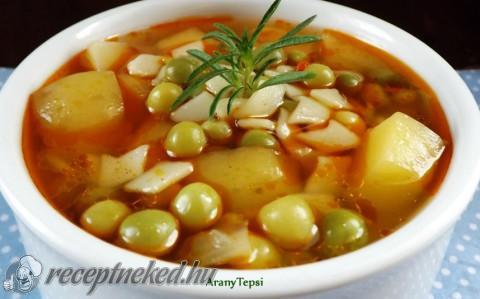 Újkrumplis zöldborsóleves zabkocka tésztával