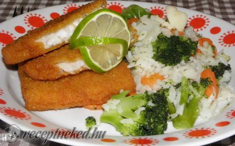 Rántott hal zöldséges rizzsel