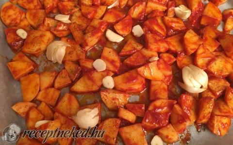 Paradicsomos tepsis krumpli