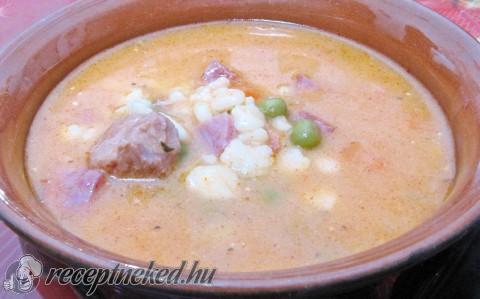 Pasifogó leves pulykacombbal, füstölt fejjel