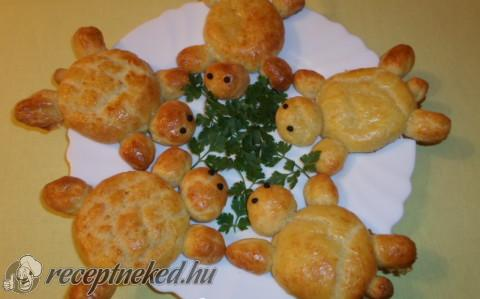 Túrós-sajtos teknőcök