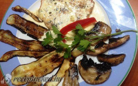 Tejszínes fokhagymás sertés sült, grillezett zöldségekkel