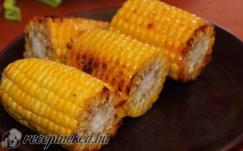 Chilis vajas sült kukorica