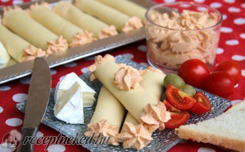 Körözöttes sajttekercs