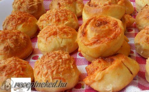Gyors sajtos csiga és pogácsa