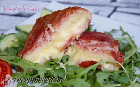 Baconos sajtos melegszendvics