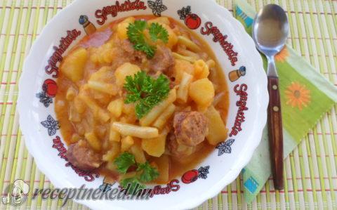 Zöldbabos paprikás krumpli