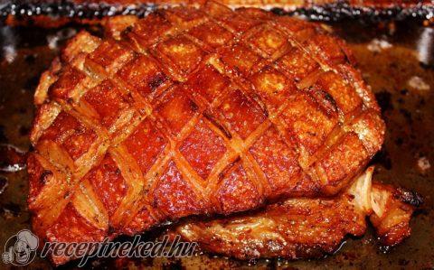 Lassan sült császárhús fűszeres krumplival