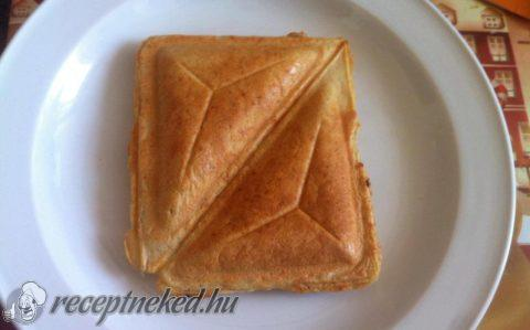 Zablisztes házikenyér toast sütőben