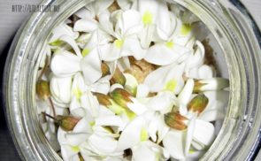 Virágokkal kevert cukor