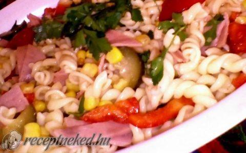 Tészta saláta