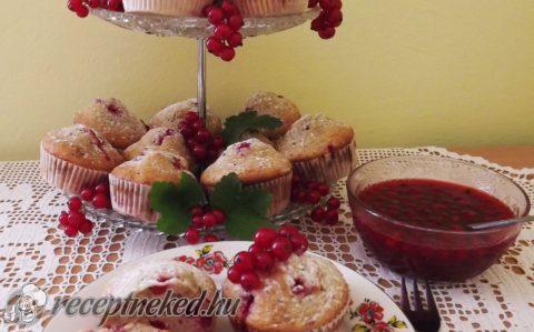 Ribizlis-kókuszos muffin