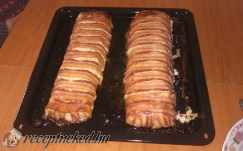 Baconos csirkemell őzgerinc formában