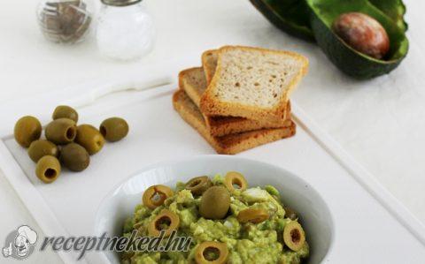 Olívás avokádókrém