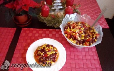 Mexikói babsaláta