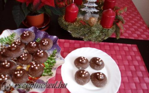 Csokival töltött karácsonyi süti