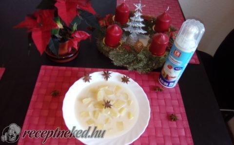 Mézes-fahéjas almaleves