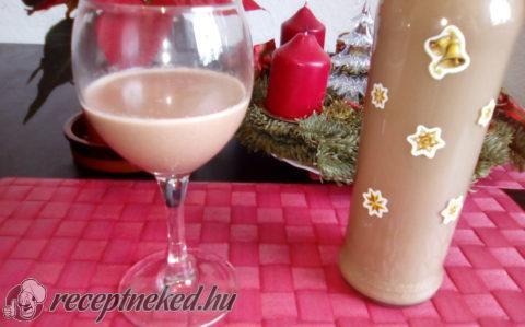Fehércsokoládés-mézeskalács likőr