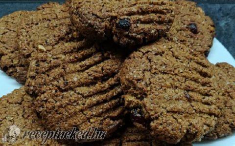 Fahéjas-vörös áfonyás keksz