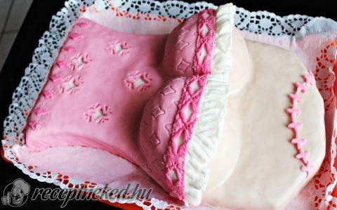 Női kebel torta
